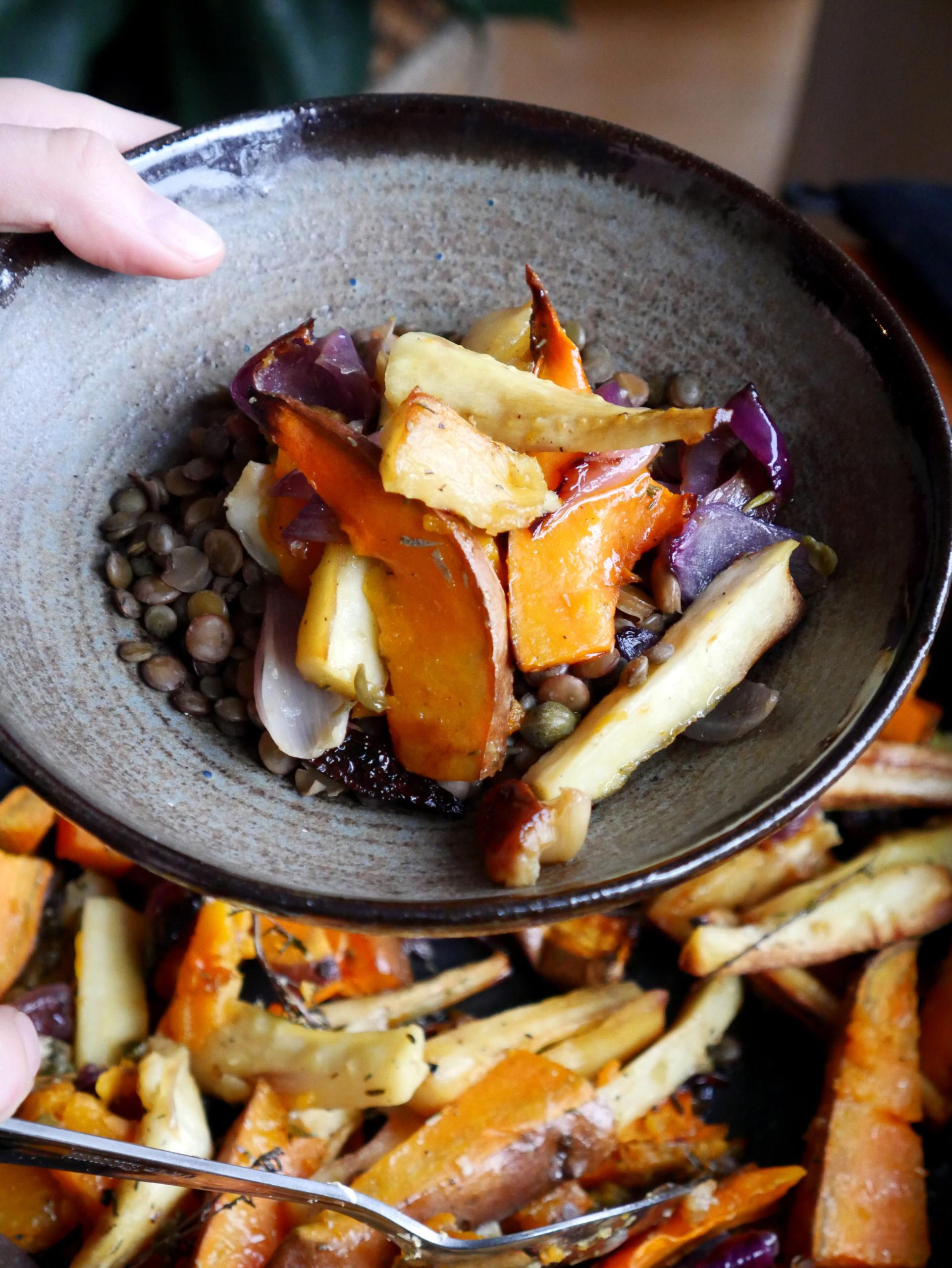 veganistisch recept geroosterde groenten linzen seizoensgroente pastinaak