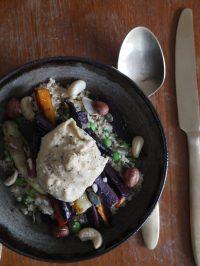 vegan recept veganistisch couscous hummus gele paarse wortel erwtjes